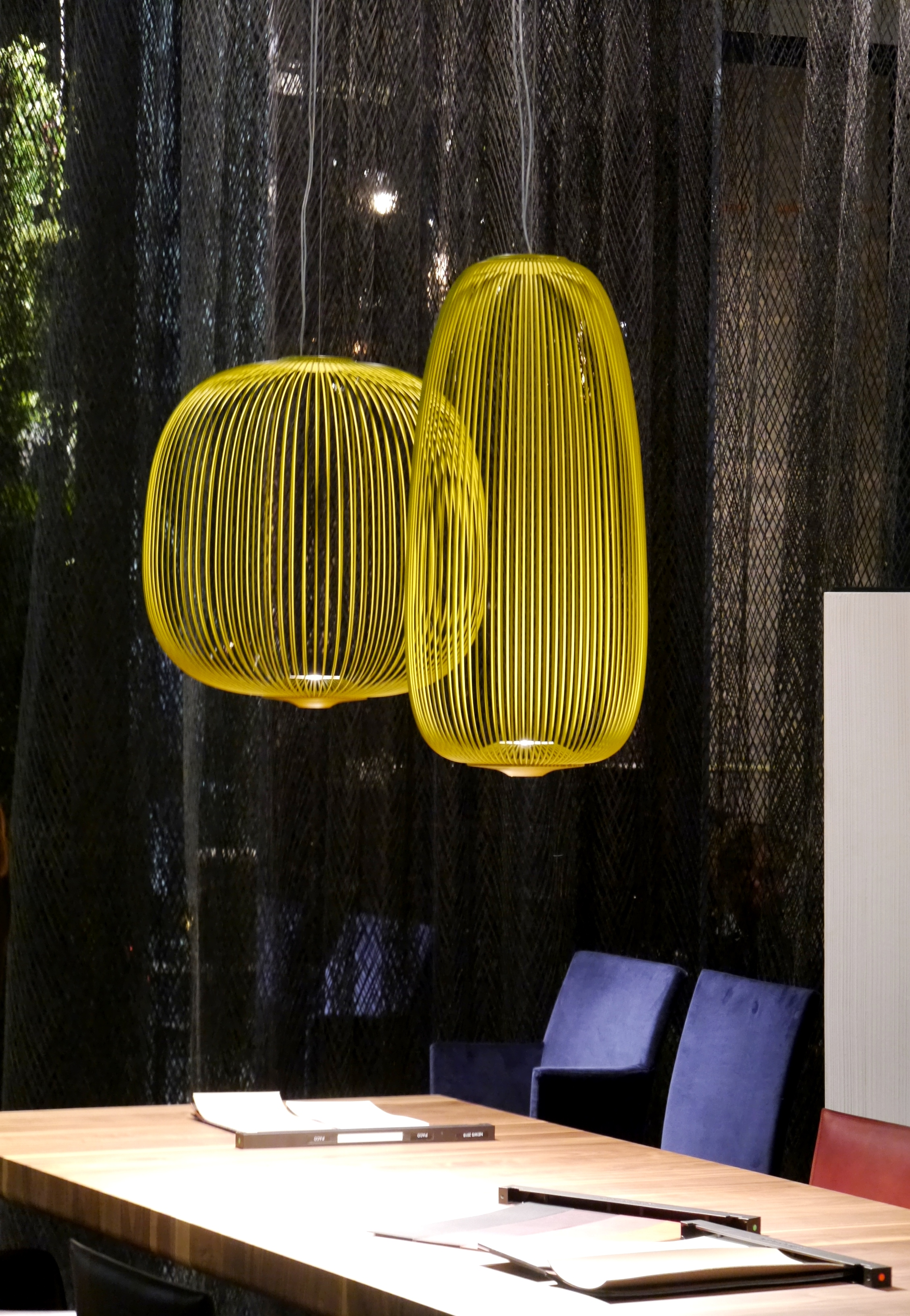 imm cologne ii foscarini spokes kunstlicht annelie scherschel. Black Bedroom Furniture Sets. Home Design Ideas